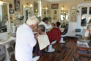 25 de agosto - día del peluquero