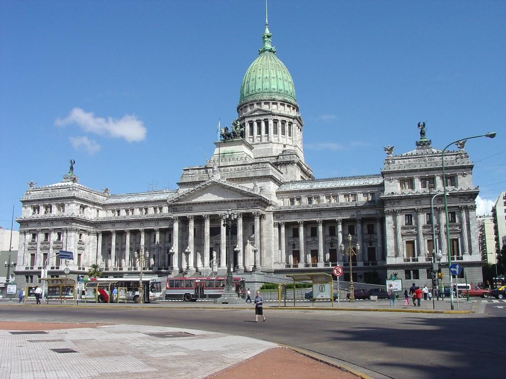 11 de noviembre - día del trabajador legislativo